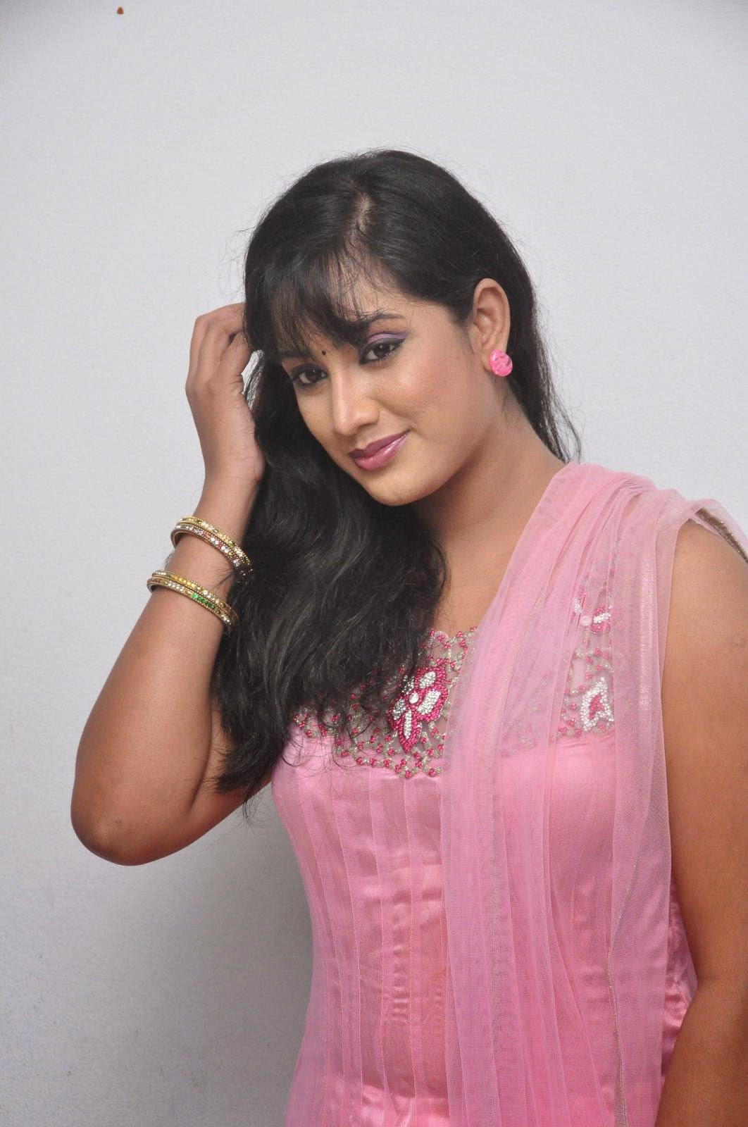 Tv Actress Sravani Hot Pictures  Indian Filmy Actress-3607