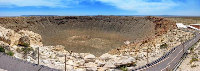 Meteor Crater : le cratère météorique gigantesque de l'Arizona