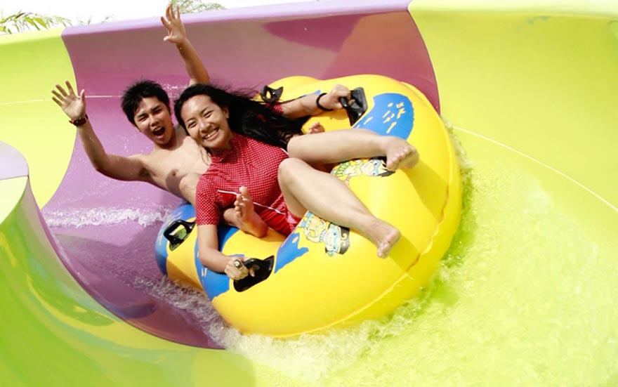 Amanzi Waterpark, Tempat Hiburan Keluarga Seru