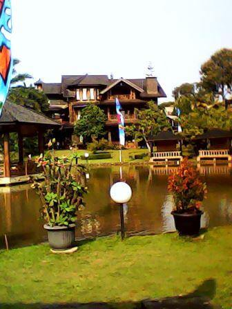 Panjang Jiwo Resort