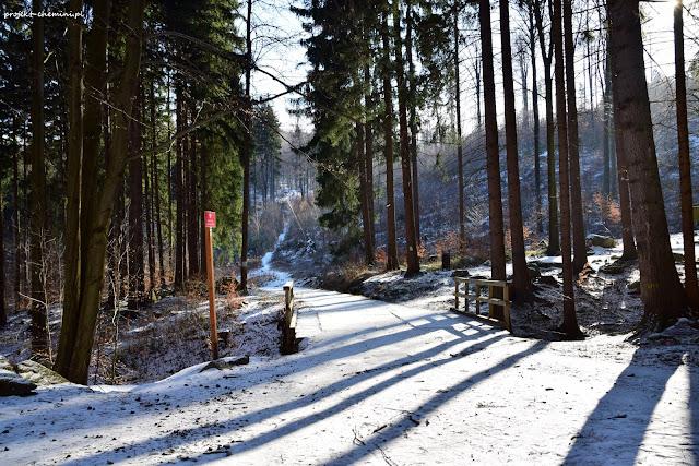 Zima w okolicy Jeleniej Góry, wejście na Chojnik