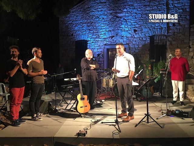 Με μαζική συμμετοχή και μεγάλη επιτυχία η συναυλία του Διονύση Σαββόπουλου στο Παλαμήδι