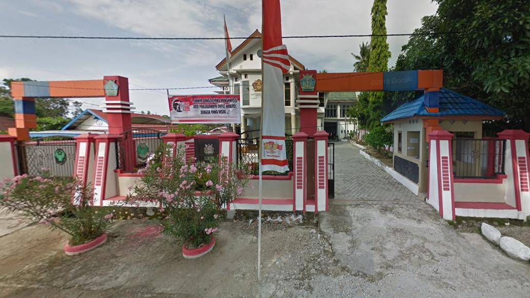 Alamat: Jl. Yos Sudarso No.30, Kasintuwu, Poso Kota Utara, Poso, Kabupaten Poso, Sulawesi Tengah