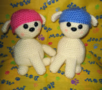 http://translate.googleusercontent.com/translate_c?depth=1&hl=es&rurl=translate.google.es&sl=en&tl=es&u=http://fuzzyfeetworks.blogspot.com.es/2009/05/beanie-puppy-free-crochet-pattern.html&usg=ALkJrhi9KykMnkzRvYv3YK101iCePLB8bQ
