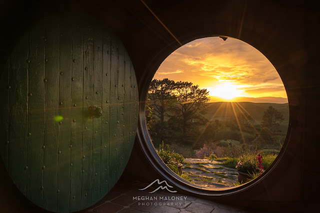 Sunlight comes into Bag End, Hobbiton