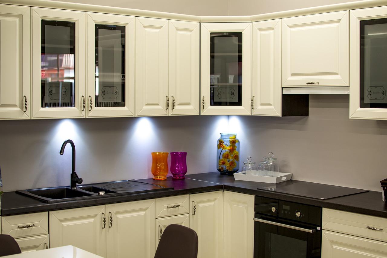 Tips Menciptakan Udara Bersih dan Sehat di Dapur