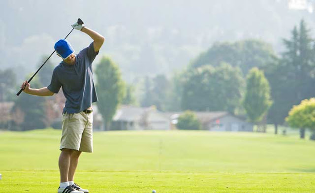 5 Essential Stretches to Prep You for the Links: WikiHealthBlog