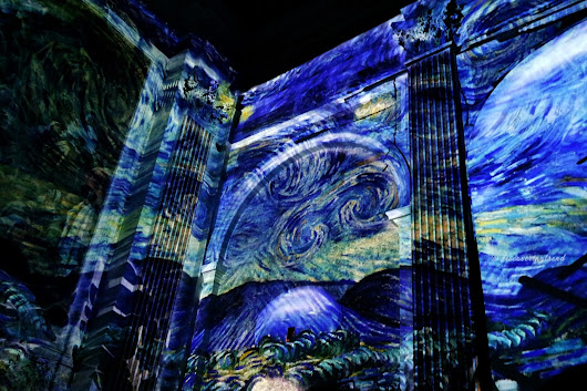 Discovering Trend: #Napoli || Van Gogh - The Immersive experience