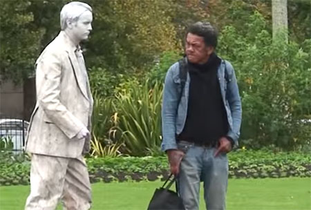 Night of the living statue – Funny Video