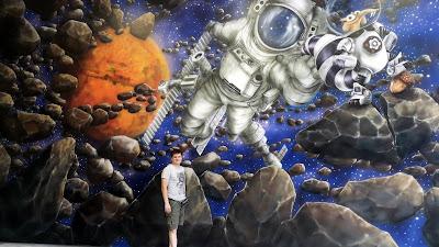 Malowanie sali zabaw, mural w bawialni na ścianie , aranżacja ścian w bawialni