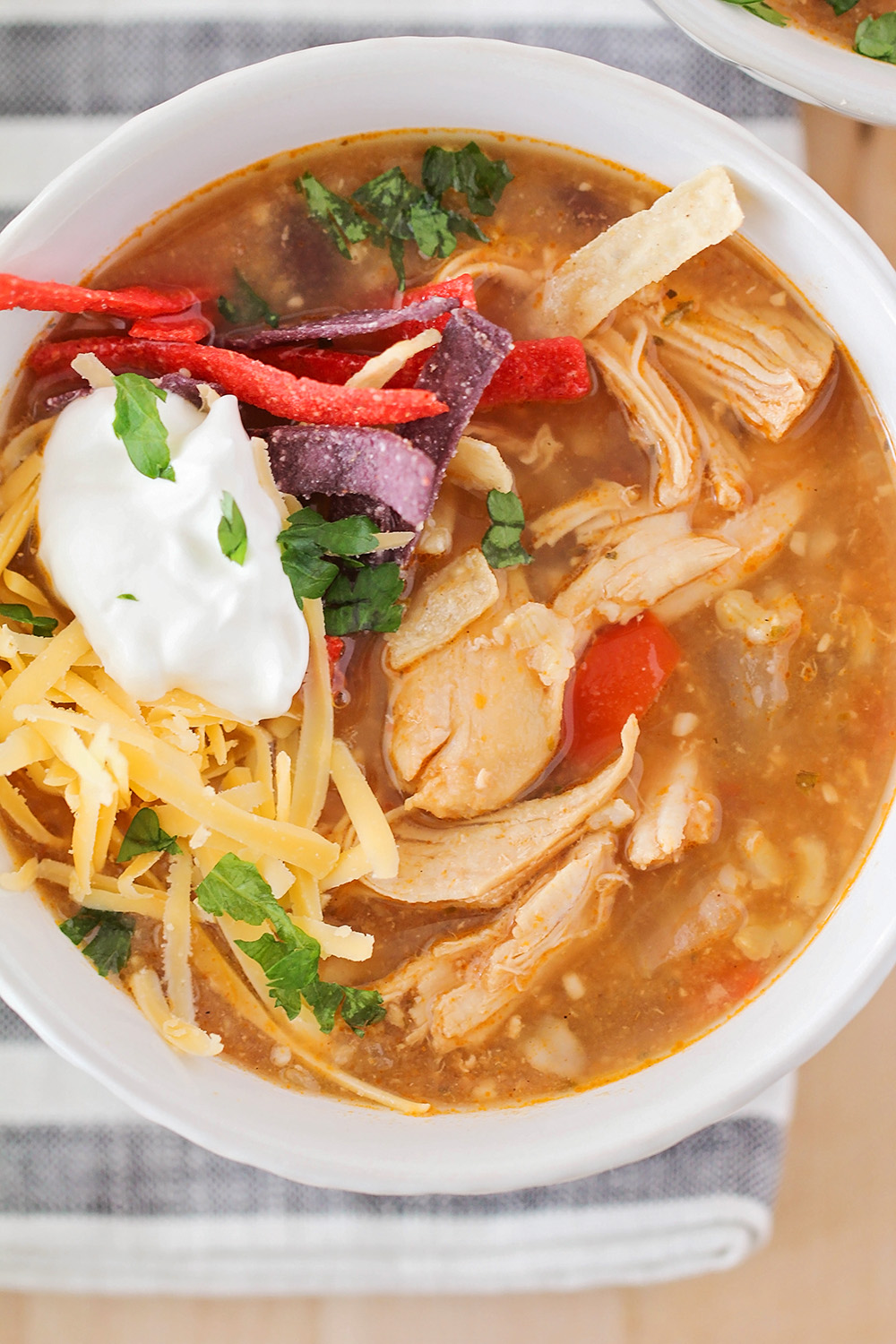 This savory and flavorful chicken fajita soup is so easy to make and totally delicious!