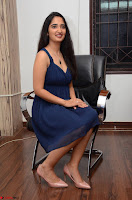 Radhika Mehrotra in a Deep neck Sleeveless Blue Dress at Mirchi Music Awards South 2017 ~  Exclusive Celebrities Galleries 143.jpg