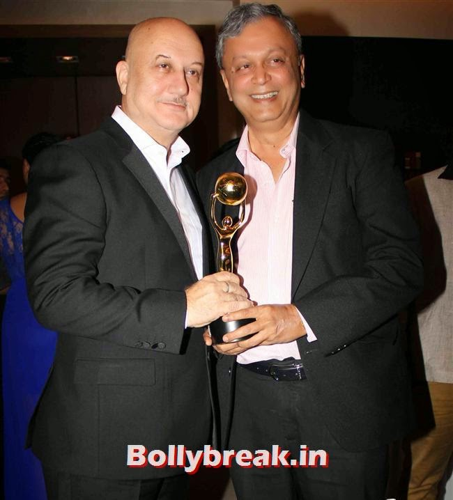 Anupam Kher, Monali Thakur, Pooja Bedi, Amitabh  NRI of The Year Awards 2014