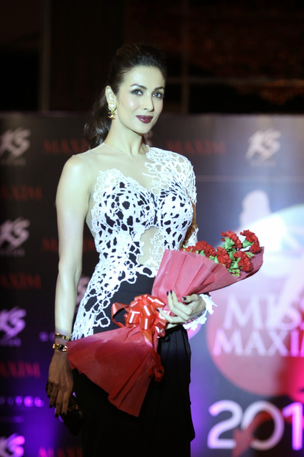 Sizzling Malaika Arora graces 'Kama Sutra Miss Maxim 2015' contest finally