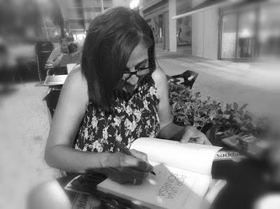 Encuentro con Juana Aragón Bernal. Autora de Por una sonrisa