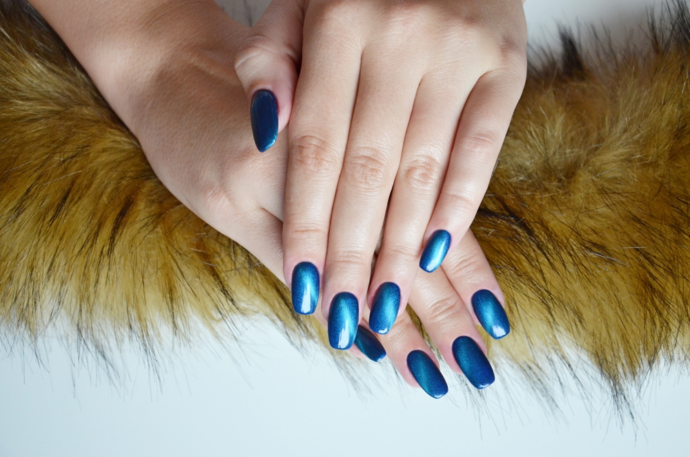Hells Beauty By Paaatriziaa Gravity Indigo Nails