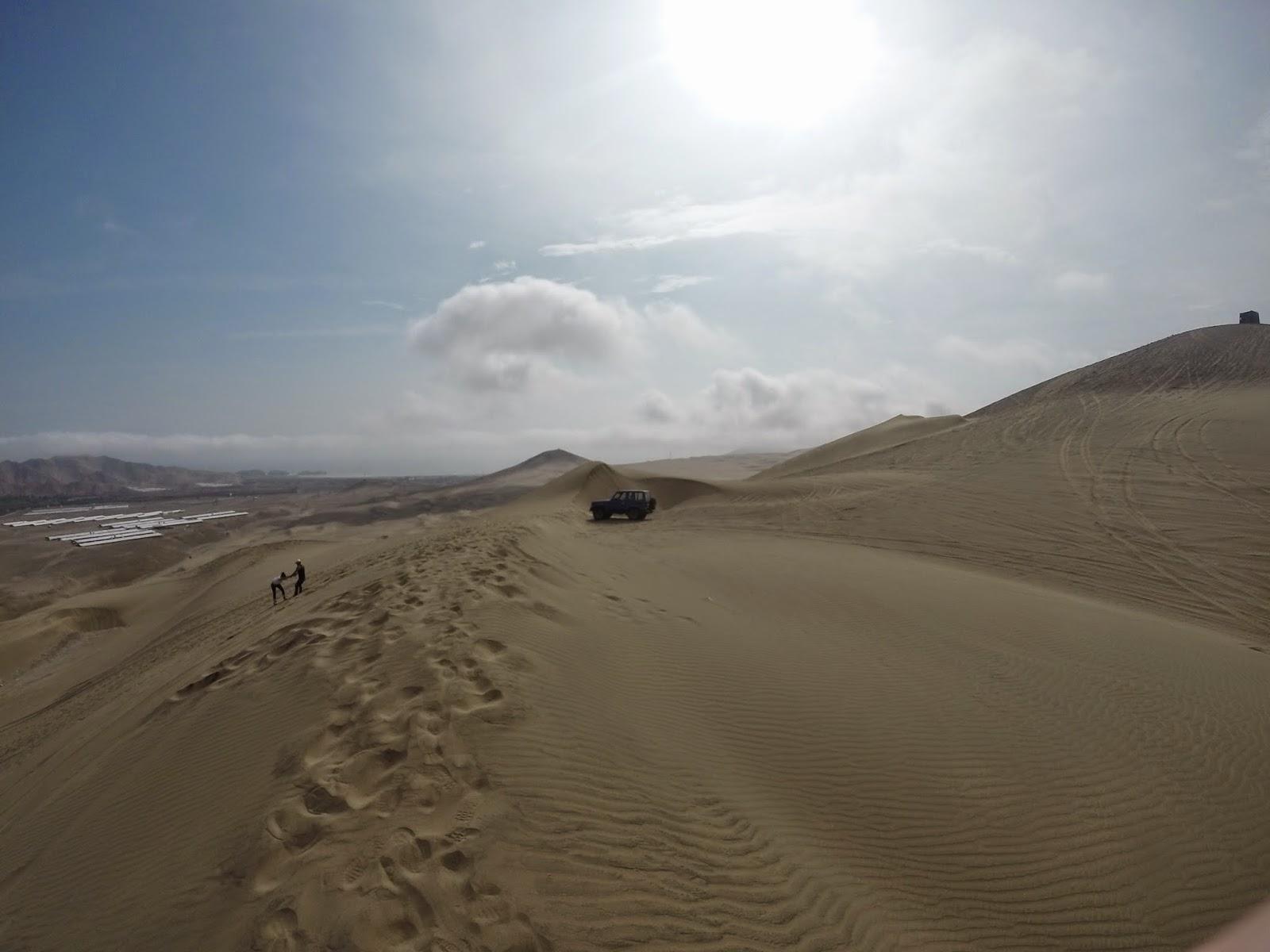 Sandboarding in Lima