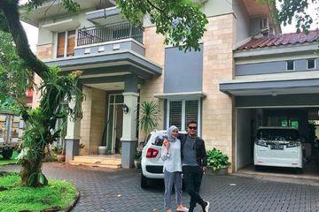 Demi Alasan Yang Membuat Haru Ini, Arie Untung Dan Istri Rela Renovasi Rumah Mewahnya | JabarPost Media