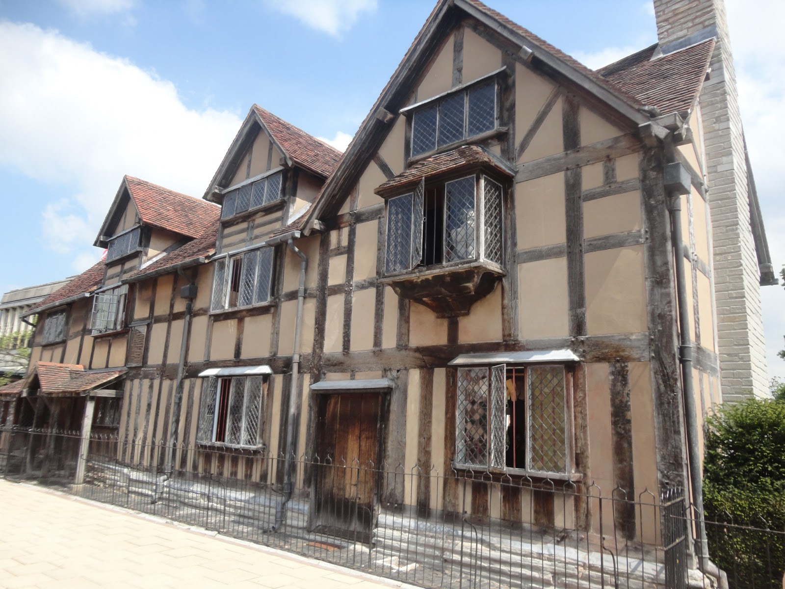 Starting From The Beginning William Shakespeares Birthplace Stood Before Me Born In 1564 Warwickshire Town Of Stratford Upon Avon