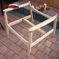 fotel z PRL renowacja