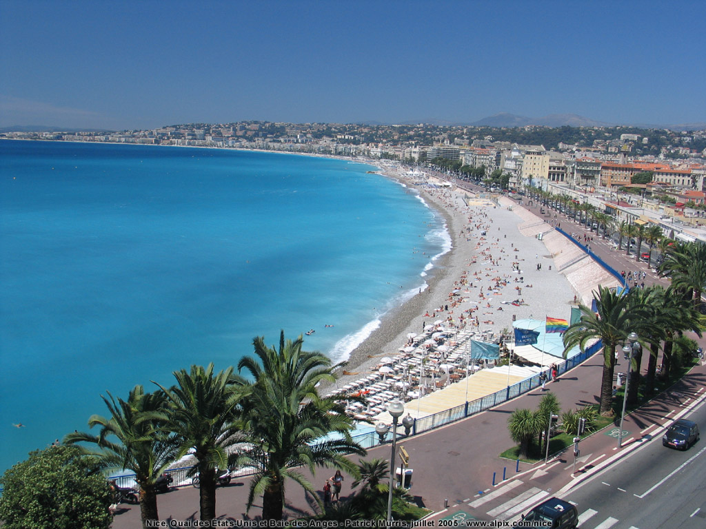 Top 4 Things That Attracts Travellers To Nice, France