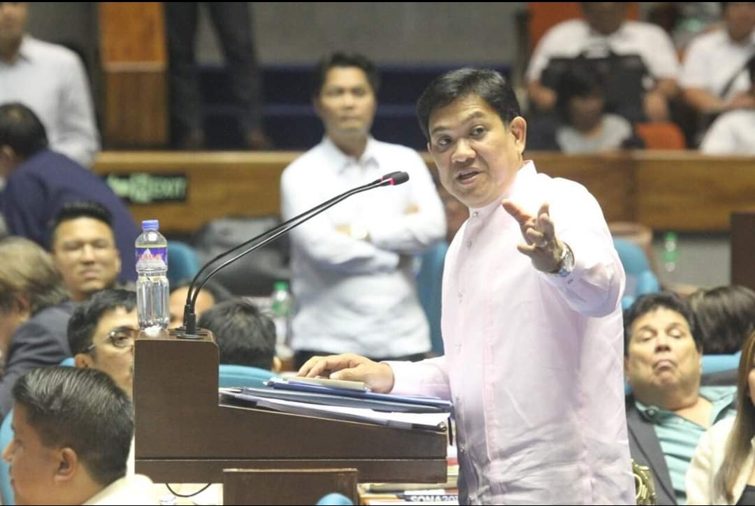 Andaya to sue Diokno if pay hike for gov't workers will be delayed