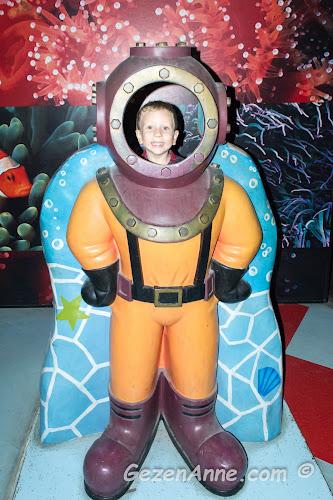dalgıç kostümü içinde oğlum, Turkuazoo Forum İstanbul