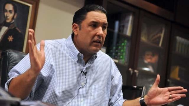 Pablo Pérez propone crear Comité de Usuarios para exigir solución a la crisis eléctrica