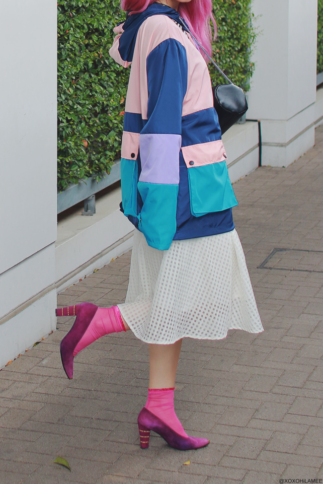 Japanese Fashion Blogger,MizuhoK,20180408OOTD,SheIn=Windbreaker,earrings, ZARA=crossbody, free's mart=white skirt, tutuanna=see throw socks, Stuart weitzman=pumps