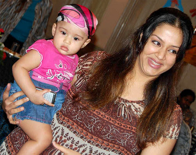 Jyothika with Diya