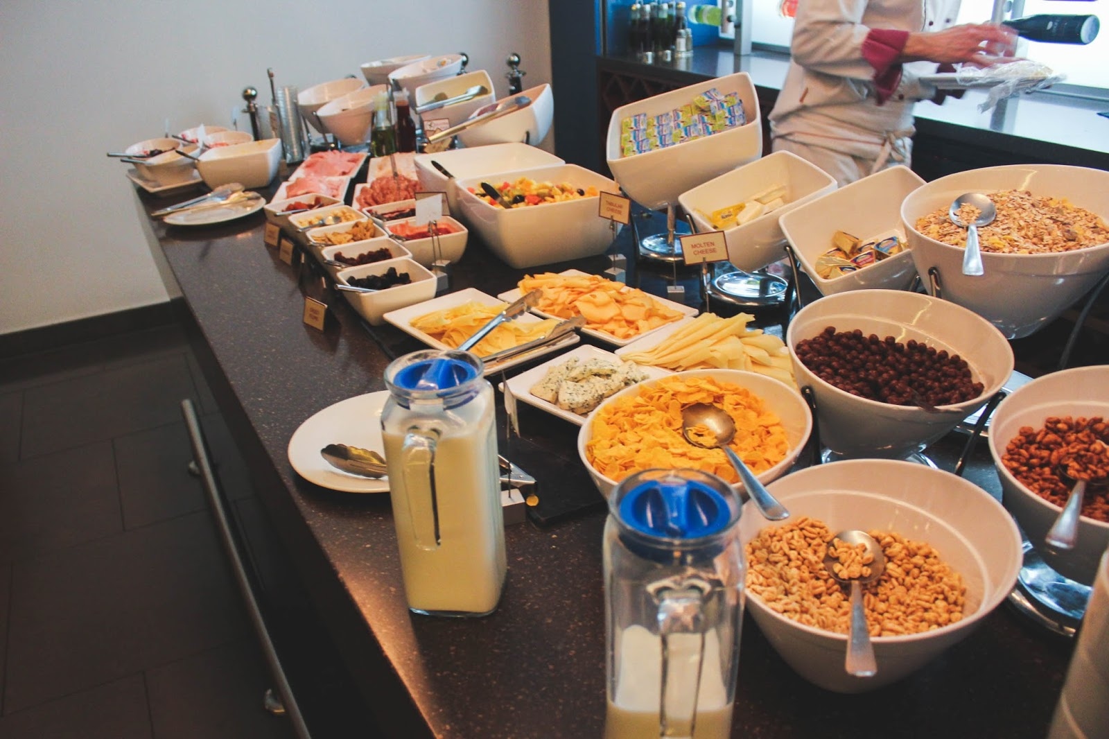 Jurys inn Breakfast Prague