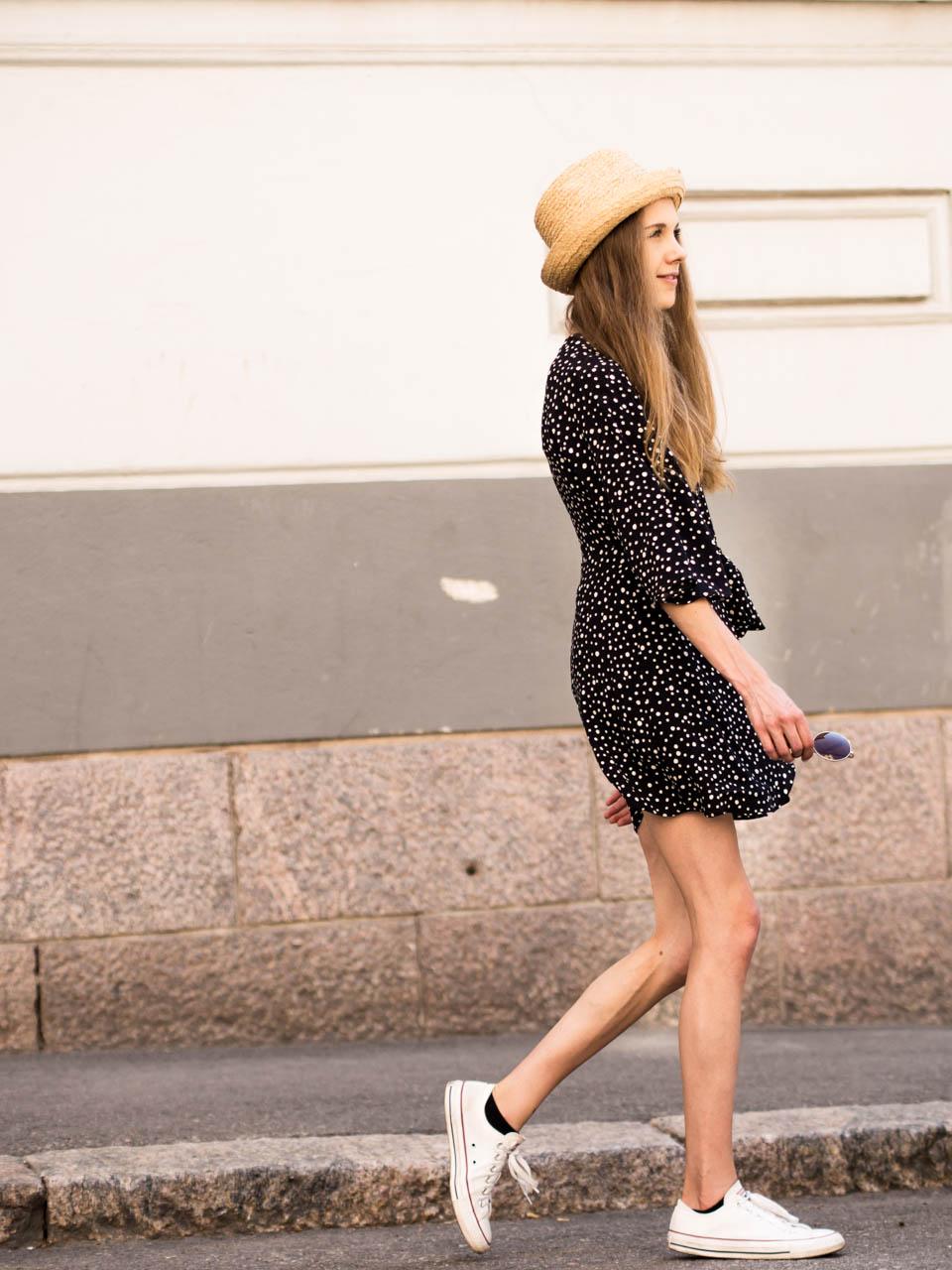 fashion-blogger-summer-outfit-inspiration-polka-dot-dress