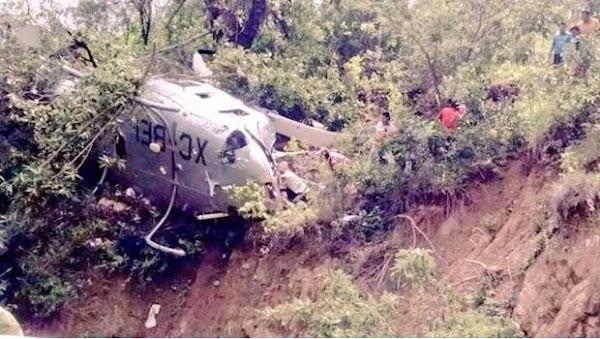 Se desploma helicóptero que llevaba víveres a Oaxaca
