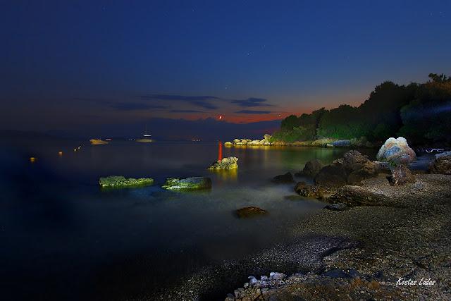 Νυχτερινη φωτογραφια στον Βολο-Κώστας Λαδάς