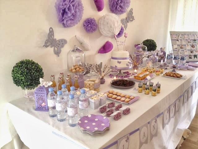 buffet sucré décoré pour l'anniversaire d'une fille