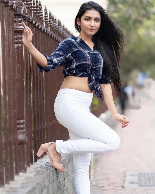 single photo pose for girl