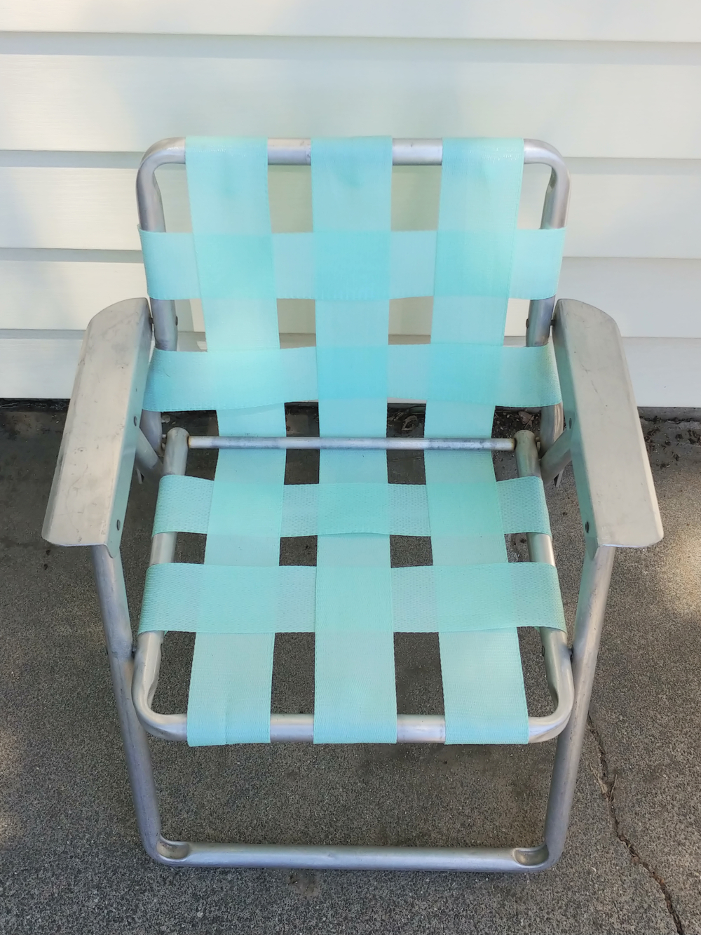 vintage children's lawn chair