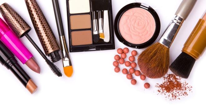Hati-hati dengan 4 Produk Kecantikan Ini, Bisa Berbahaya Jika Digunakan Berlebihan
