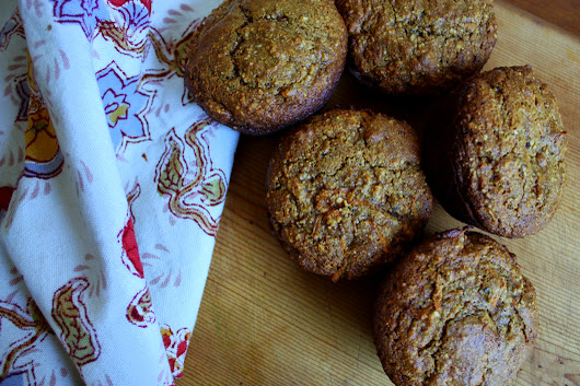 carrot & date muffins. {grain-free & dairy-free}