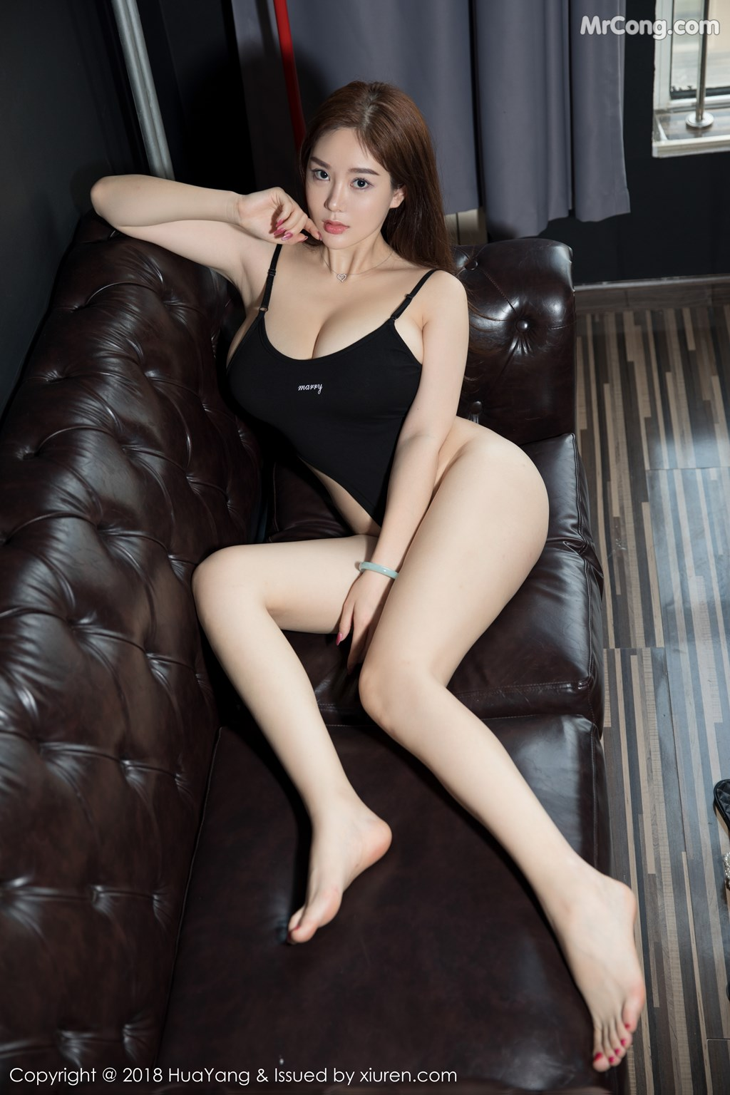 Image HuaYang-2018-08-09-Vol.068-Silvia-MrCong.com-001 in post HuaYang 2018-08-09 Vol.068: Người mẫu 易阳Silvia (41 ảnh)