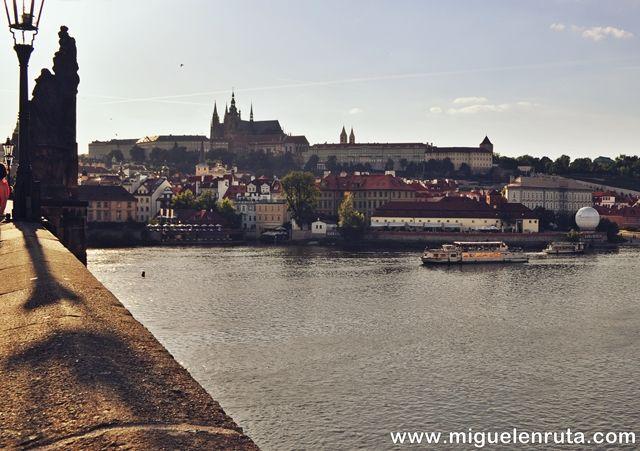 Puente-Carlos-Castillo-Praga