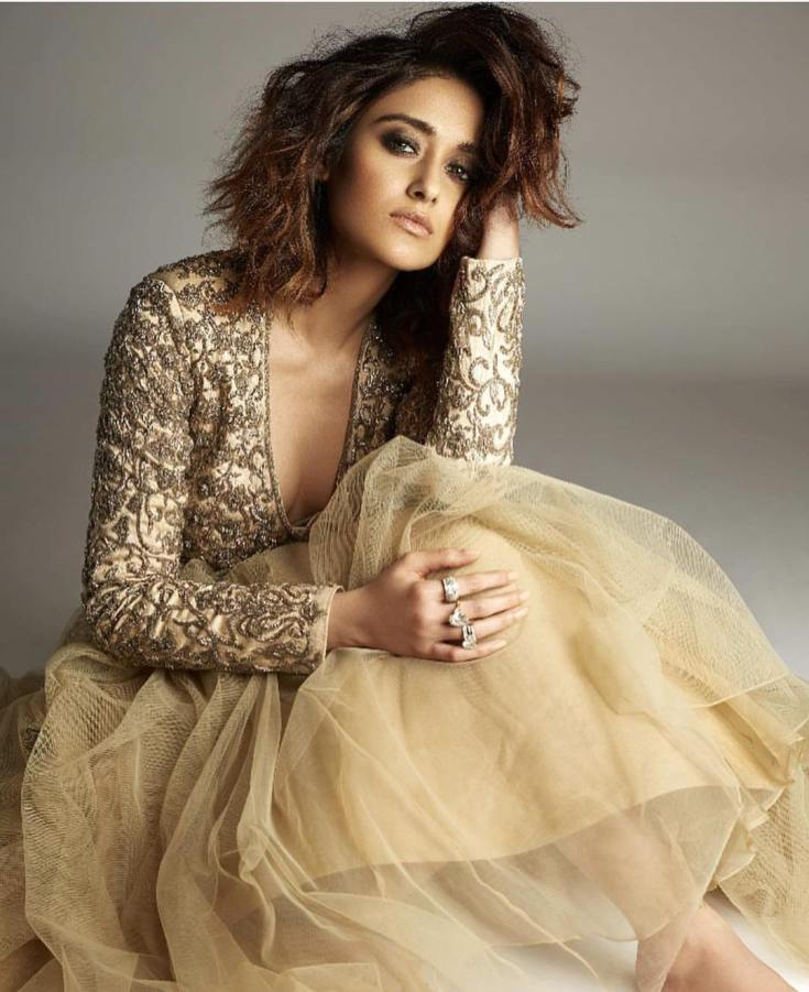 Bollywood Actress Ileana D'Cruz Height, Weight, Age, Boyfriend, Affairs & More, TV and film actress Ileana D'Cruz Filmography, Upcoming Films, Character Name, Photo, wallpaper