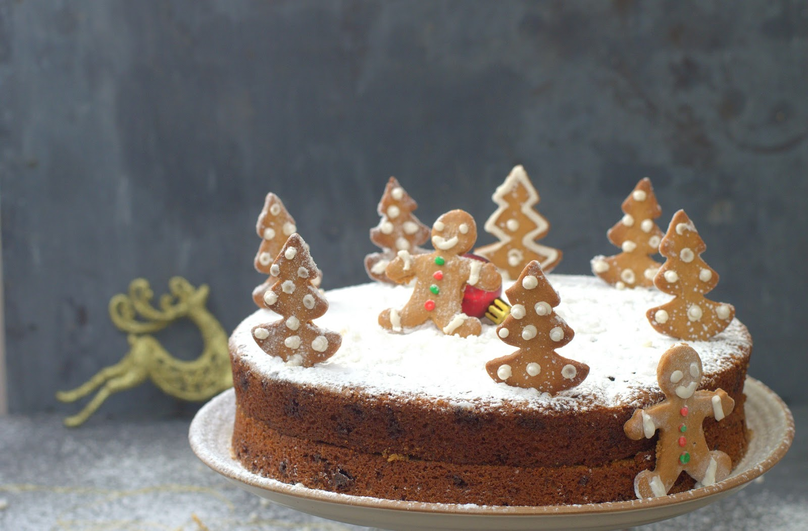 Cakes More Gingerbread With Milk Chocolate Chunks Merry Christmas