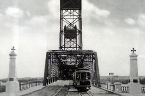 Pictures of Our Ancestors: Interstate Bridge over the
