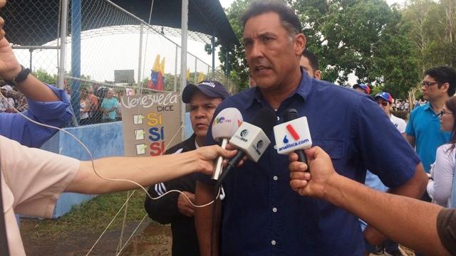 Pablo Pérez: Motta Domínguez debería renunciar por incapaz