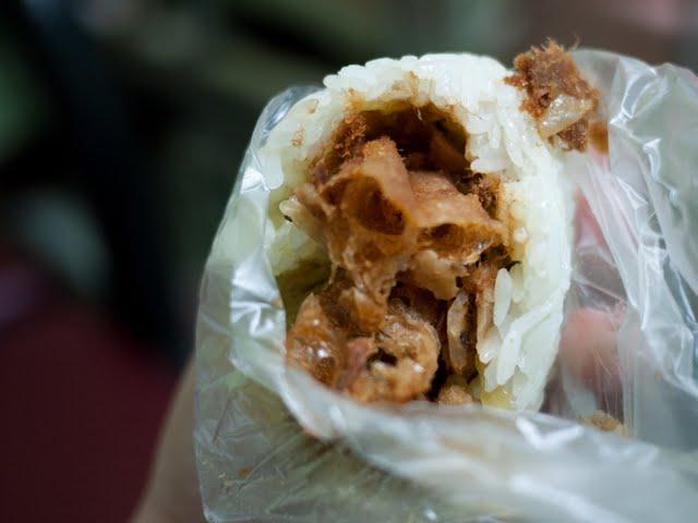 【桃園早餐】大業路無名飯糰-低調再低調的早餐排隊飯糰.飯糰/刈包/豆漿