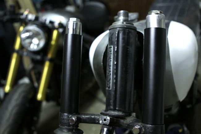 Bullitt CB custom CB350 fork update