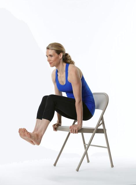 Giới thiệu đến bạn 5 tư thế Yoga đơn giản tại văn phòng