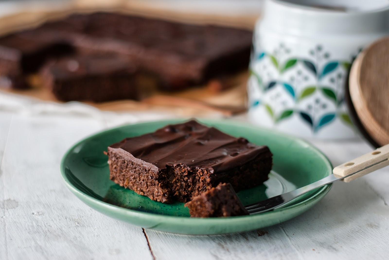 Brownie z batatów i daktyli bez cukru