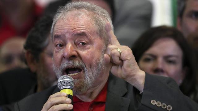 Un juez imputa a Lula por supuesta recepción de sobornos